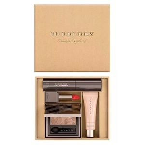 Burberry 4 items beauty box festive collection